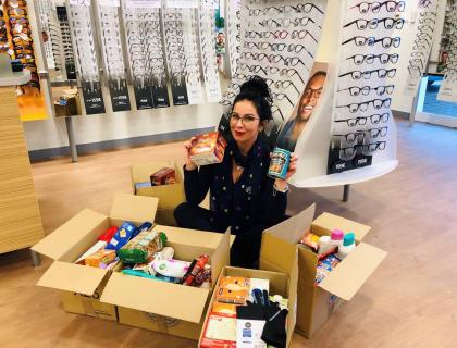 Specsavers Ópticas collect household items for people in need